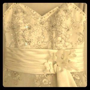 Alfred Angelo Wedding Dress Size 6